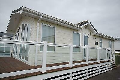 Lodge Mobile Home For Sale Off Site Winterised   <<<  Look