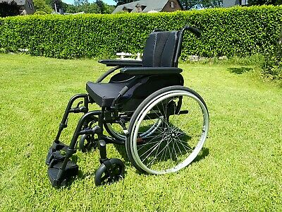 Chaise Roulante Invacare Action 3 NG B