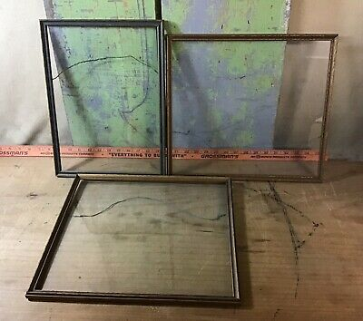 Lot Of 3 Vintage Wooden Glass Frames Without Backs, Two Are Matching Pair