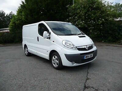 VAUXHALL VIVARO 2.0 CDTI 115ps SPORTIVE EURO 5 S.W.B PANEL VAN 1 OWNER FROM NEW