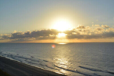 **Limited Ocean View** Condo Seaglass Tower July 4th week- Beach Vacation
