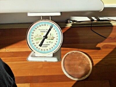 Vtg American Family BABY Nursery SCALE weighs 30lbs by oz. Works Well