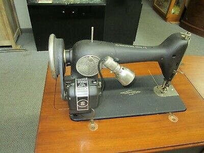 Vintage 1938 Singer Model 66-8 Electric Sewing Machine w/Cabinet-Works Great