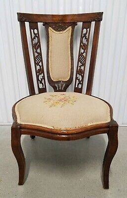 Antique/Vtg Mahogany Carved Flower Needlepoint Seat Side Dining Accent Chair