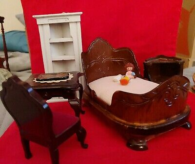 Vintage Wooden dollhouse Furniture Lot of 5 Pieces