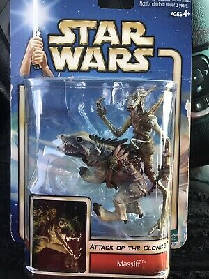 Rare Star Wars Massiff 2000 Attack of the Clone Action Figure Toy Collection