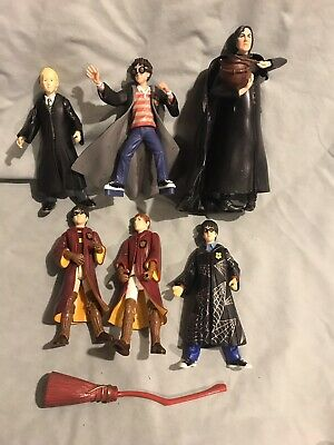"Harry Potter Lot Of 6 Figures 5-6"" Preowned Red & Black Cloaks Preowned Loose"