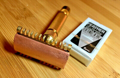 vintage 1931 Gillette GOODWILL open comb double edge safety razor FEATHER blades