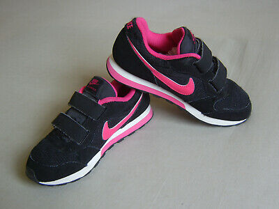 Pair Of Girls/Womens Nike Md Runner 2 Black And Pink Trainers Size Uk 12 Euro 30