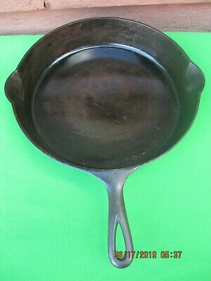 Vintage Erie Pre-Griswold No 11 #717(?) Cast Iron Skillet~Smoke/Fire Ring