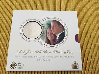 2011 Royal Mint Royal Wedding William and Kate £5 Pound BUNC Coin Pack