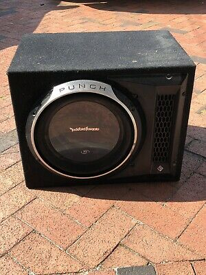 2 ROCKFORD FOSGATE P3 Punch 12 inch speakers in a truck box with amp