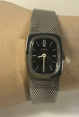 Vintage Ladies TIMEX Silver Tone MESH BAND Classic Watch
