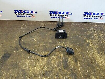Range Rover L320, Discovery 4 Usb Aux Port Outlet Oem Ah22-19C166-Aa  2010-13