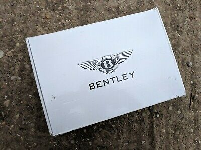 Bentley trickle battery charger - CTEK XS7000 - 8 stage