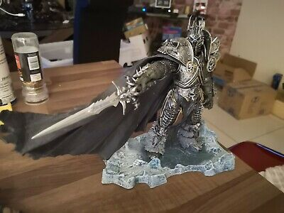 New World of Warcraft Arthas Menethil Lich King Deluxe Action Figure Statue 20cm