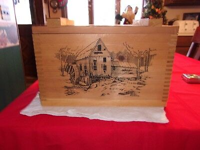 The Classic By Evans Wood Ammo Box Whitetail Deer Beauty 2499
