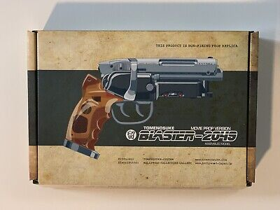 RARE BLADE RUNNER Tomenosuke 2049 Blaster Deckard NEW - Less Than 150 made