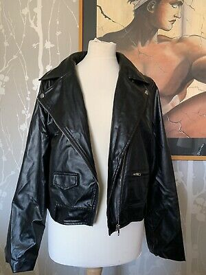 LADIES/WOMENS/GIRLS Black faux leather jacket size 14 Pretty Little Thing CROP