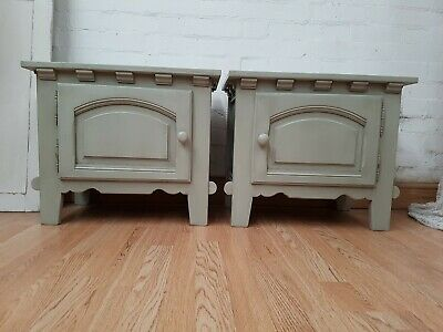 Gorgeous Pair Of Vintage French Oak Bedside Cabinets - C1950