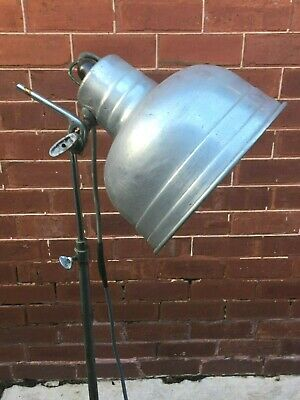 Vintage PHOTOGRAPHY Studio LAMP, Light, ROUND Base - 500W Globe, Industrial...