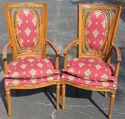 2 Stunning French Louis XV Hand Carved Wood Armchairs Fauteuil w Cushion