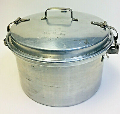 VINTAGE MARY DUNBAR MODEL WATERLESS COOKER by WEST BEND ALUMINUM CO WIS
