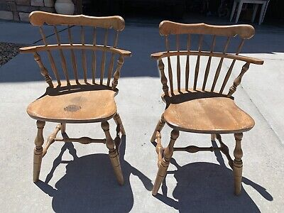 2 Vintage BENT BROTHERS BROS COLONIAL WINDSOR CHAIRS
