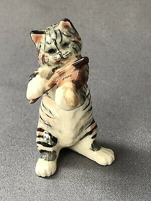 Tiny Hand Painted Pottery Cat Kitten and Musical Instrument Violin 1970s Novelty