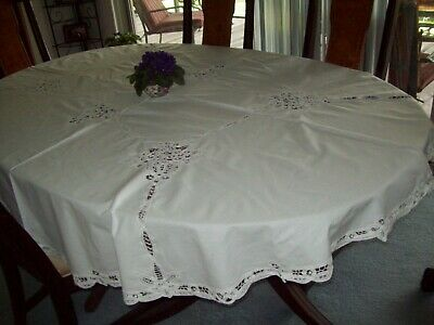 """Tablecloth ~Solid White Battenburg Lace 68"""" x 80"""" Oval"""