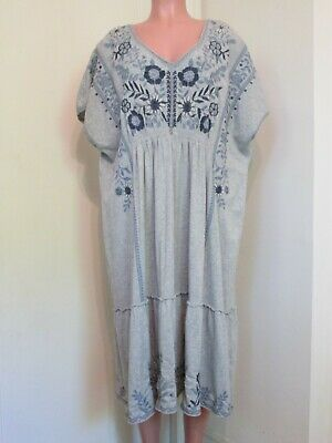 bdde92565 Johnny Was Gray With Blue Floral Embroidery V-Neck Tiered Tunic Dress, 1 X