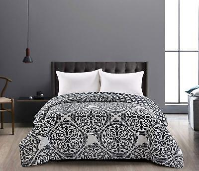 Black & White Reversible Lightweight Bedspread Comforter King Size 240x260cm
