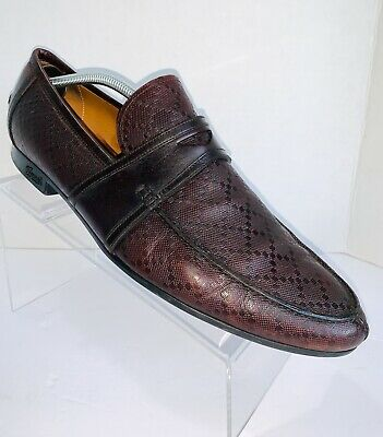 19cfc8353 GUCCI Size 10 Burgundy Textured Leather Slip On Loafers Good Condition