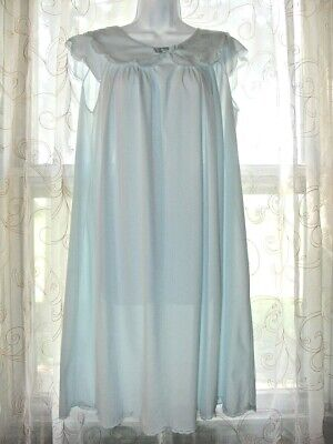 Vintage Short Shadowline Nightgown Gown Nylon Baby Blue Scalloped edge Sz M