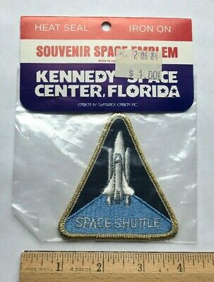 NIP Kennedy Space Center NASA Space Shuttle Souvenir Embroidered Iron-on Patch