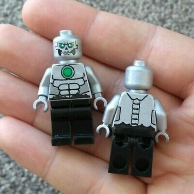 Custom Printed Lego Minifigure || Superman Metallo || Official Parts
