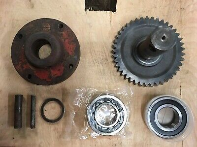 900.81687 Disc Drive Shaft/Gear Assembly For Vicon CM240 Disc Mower