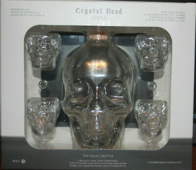 Crystal Skull Head Vodka Bottle with 4 Skull Shot Glasses