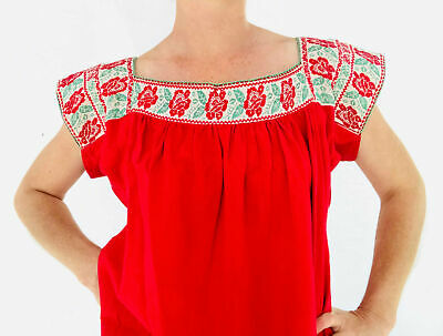 Hand-Embroidered Nahua Blouse. Puebla, Mexico. Size L