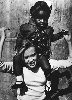 2106-07 candid Hayley Mills playing w little girl on set The Family Way 2106-07