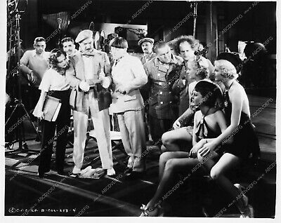 3774-30 Three Stooges Moe Larry Curly showgirls short subject Movie Maniacs 3774