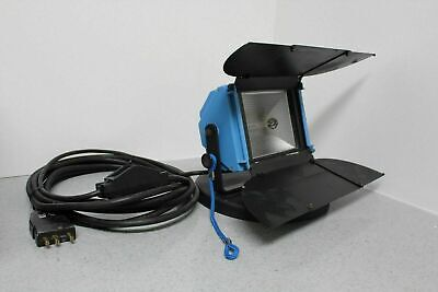 Arri Miniflood 1000w Tungsten Flood Light with Heavy Base Included