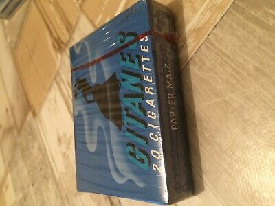 "Ancien paquet de cigarette plein "" gitanes ""pour collection uniquement"