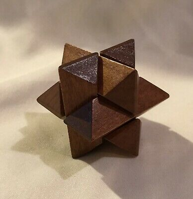 Toysmith - Mini Wooden 3D Star Shaped Puzzle
