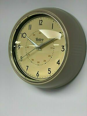Retro Chunky Round Wall Clock Kitchen Diner Decoration Taupe/ Light Grey/stone