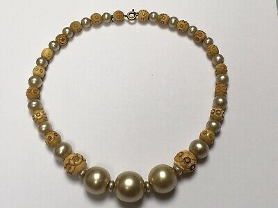 Antique Art Deco 1930s costume pearl & carved bead choker Necklace