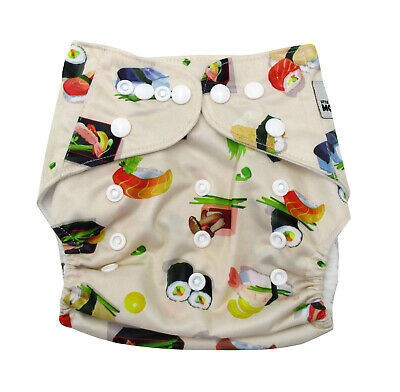 New Reusable Christmas Modern Cloth Nappy (MCN) + FREE insert – SUSHI