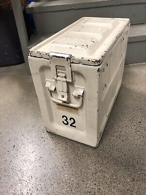 METAL AMMO ARTILLERY BOX CASE MILITARY CAN 50 CALIBER 15X18X9 VINTAGE STeel