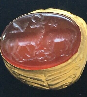 Ancient Agate Stone Designed With Two Deers Intaglio 22 Karat Antique Gold Ring