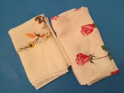 Lot Of 2 Vintage Printed Tablecloth - Flowers